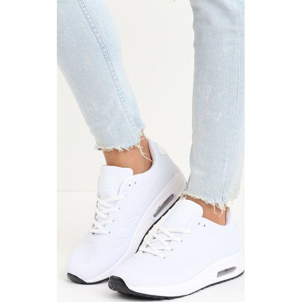 a95c8fc26d61c6 Białe Buty Sportowe Hot Days - Białe obuwie sportowe Born2be, bez ...