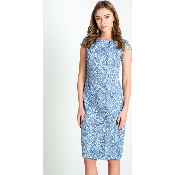 c3e6c2cd55 Żakardowa niebieska sukienka z połyskiem QUIOSQUE - Sukienki marki ...