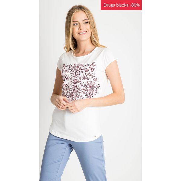 d5379fc150a8 Biała bluzka z kwiatowym nadrukiem QUIOSQUE - Bluzki marki QUIOSQUE ...