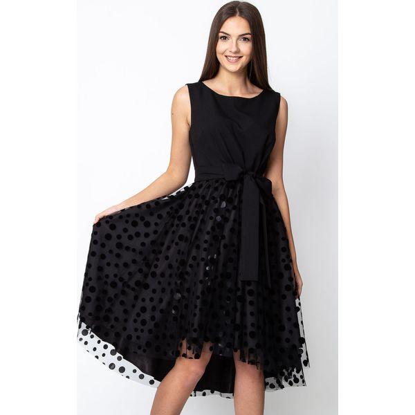 06b975a3b0 Czarna rozkloszowana sukienka z tiulowym dołem QUIOSQUE - Czarne ...