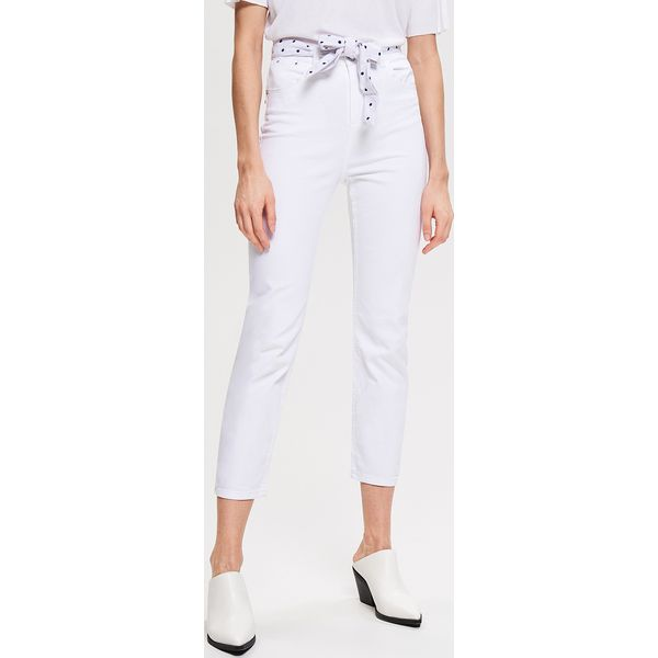6110e461 Jeansy z prostymi nogawkami - Biały