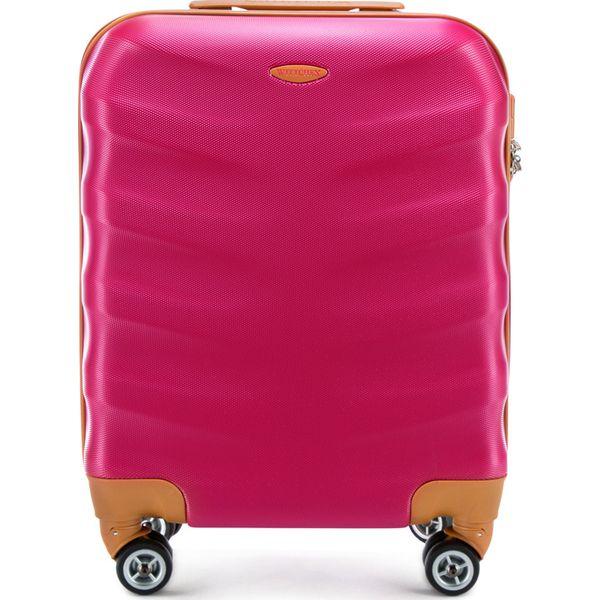 05fec3b1a7725 Walizka kabinowa 56-3A-231-33 - Brązowe walizki marki Wittchen, małe ...