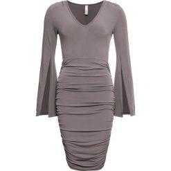 0a7ca11716 Sukienki wieczorowe długie z rozcięciem - Sukienki - Kolekcja wiosna ...