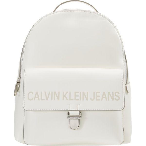 f47d85e1270ce Calvin Klein Jeans SCULPTED BACKPACK Plecak coated white - Białe ...