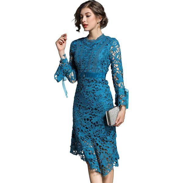 f392506542 Sukienka w kolorze turkusowym - Niebieskie sukienki marki FERRAGA