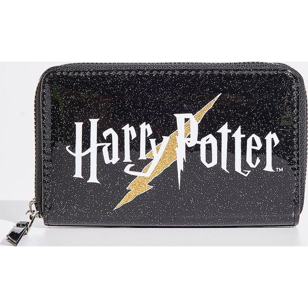 d76a2ff440c89 Portfel Harry Potter - Czarny - Czarne portfele marki Sinsay. Za ...