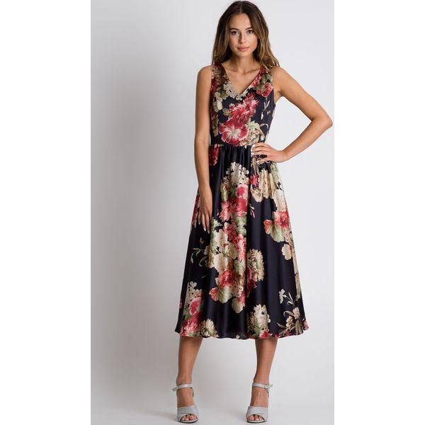 29d9c72b50 Sukienka midi odcinana w talii BIALCON - Szare sukienki marki ...