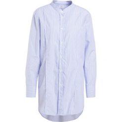 d3a4c8d3680a6 Filippa K Koszula white/blue. Niebieskie bluzki marki Filippa K, m, ...