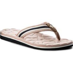 c3cf5bc609da4 Japonki TOMMY HILFIGER - Comfort Low Beach Sandal FW0FW02368 Dusty Rose 502.  Czerwone klapki marki