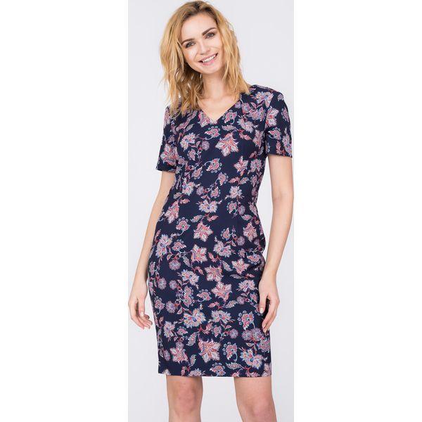 a2579d2e65 Czarna sukienka w orientalne kwiaty QUIOSQUE - Czarne sukienki marki ...