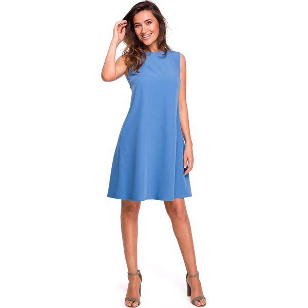 01c71934 Niebieska Trapezowa Sukienka z Dekoltem na Plecach